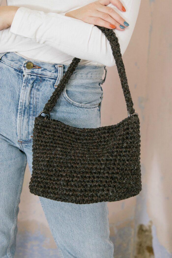 Crochet wool handle bag
