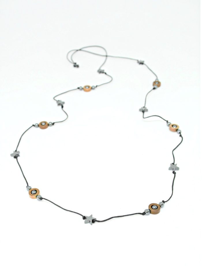 Stars and circles long necklace with hematite stones