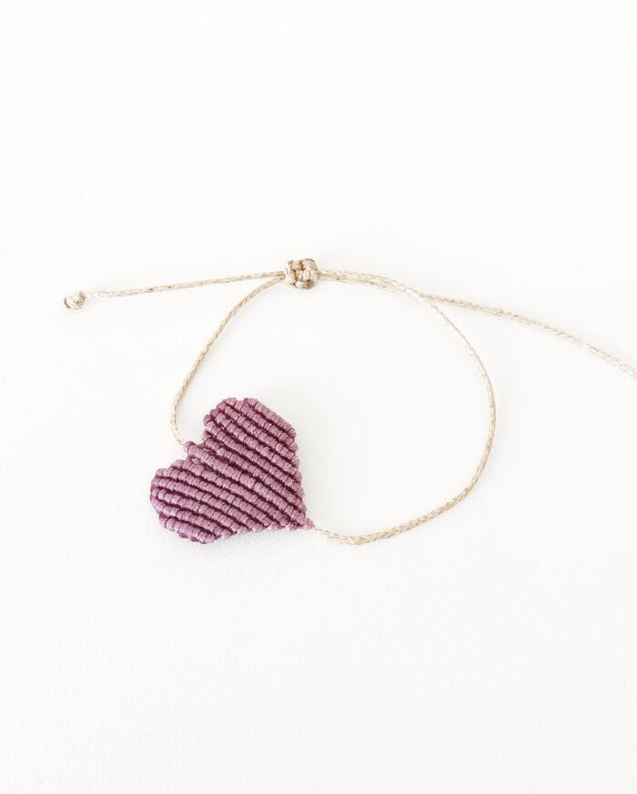 handmade purple macrame bracelet