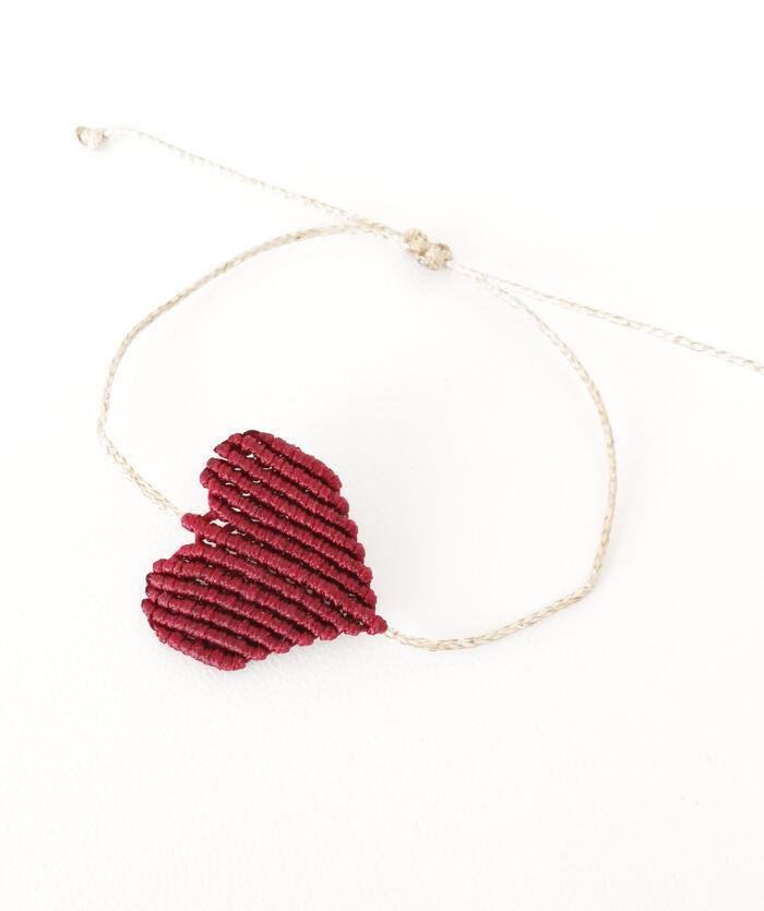 handmade boreaux macrame bracelet
