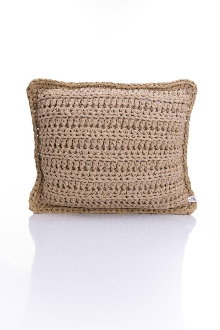 Medium Square crochet pillow beige