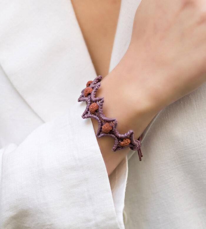 lava stars macrame bracelet mint