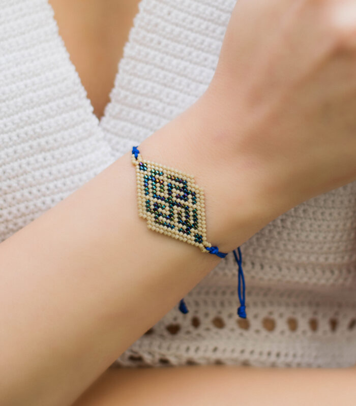 rhombus beaded bracelet blue metallic