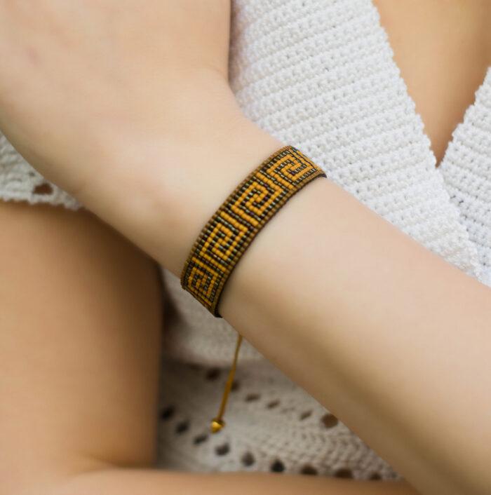 Grecian loom beaded bracelet Meander brown
