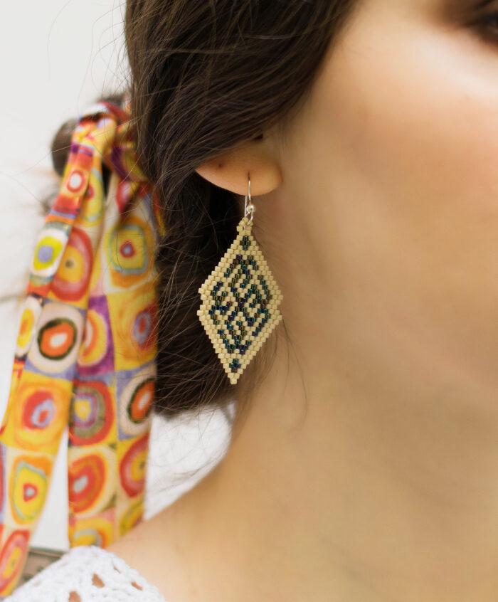 rombus beaded earrings blue metallic