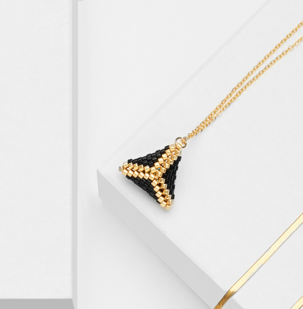 gold 3D mini beaded pendant